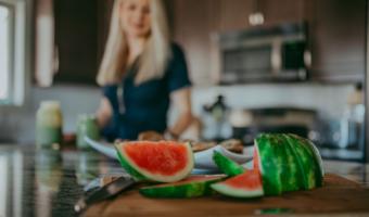 Vitamin B12 - image of watermelon on a cutting board